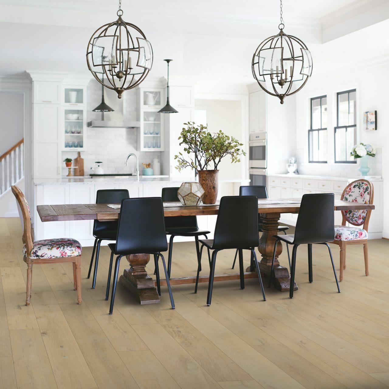 Dining room flooring | Roberts Carpet & Fine Floors