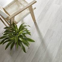 Century pine bedroom flooring | Roberts Carpet & Fine Floors
