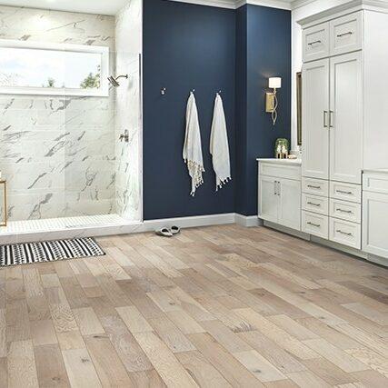 Robbins Hardwood | Roberts Carpet & Fine Floors